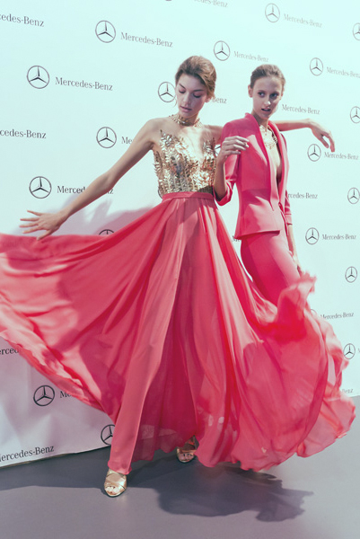 backstage-mercedes-benz-fashion-week-madrid-esther-noriega-tempo 5