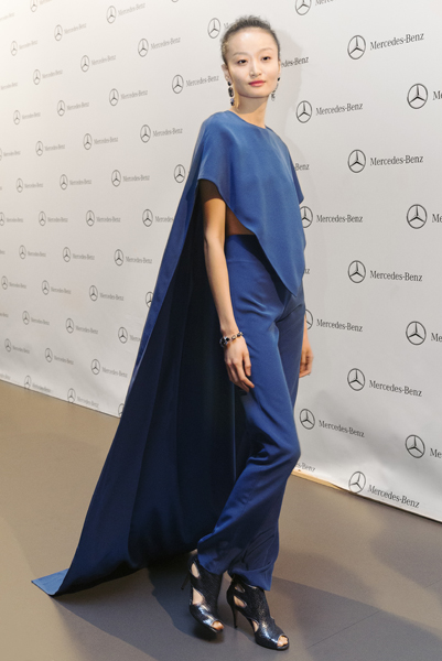 legend-esther-noriega-backstage-mercedes-benz-fashion-week-madrid 8