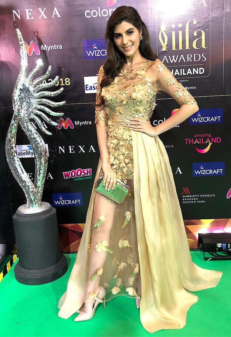Elenaaz-norouzi-IIFA-awards-india -2018-esther-noriega